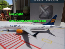 Icelandair B 737 Max 8 Jokulsarlon
