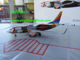 Southwest Airlines B 737-700 Illinois One livery